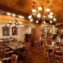 A photo of Golden Bee - The Broadmoor restaurant