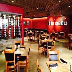 Foto von Turn 12 Bar And Grill Restaurant