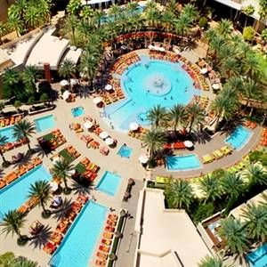 The Pool Backyard - Green Valley Ranch Resort, Casino & Spaの写真