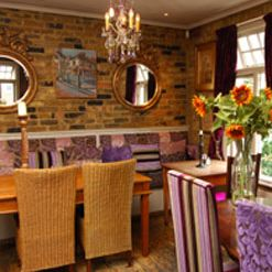 A photo of Annie's-Chiswick restaurant