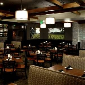 A photo of Cooper's Hawk Winery & Restaurant - Waterford Lakes restaurant
