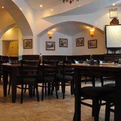 A photo of Roberto's Restaurant restaurant