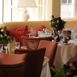 A photo of 1637 at York Harbor Inn restaurant