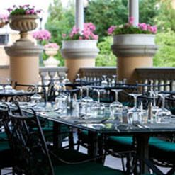 A photo of Roberts Restaurant at the Omni Shoreham restaurant