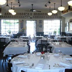 A photo of Tre Lune restaurant