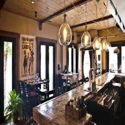 A photo of Davanti Enoteca - Taylor Street restaurant