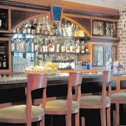 A photo of Vinny's on Windward restaurant