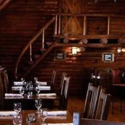 Una foto del restaurante Heck's at Devil's Thumb Ranch