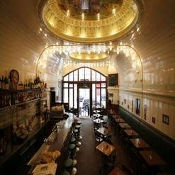 A photo of Cafe Paris - Saal restaurant