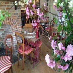 A photo of The Swan Restaurant at Tetsworth restaurant