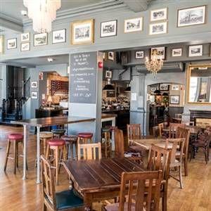 St Margarets Tavernの写真