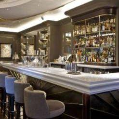 The Churchill Bar & Terrace - Hyatt Regency Londonの写真