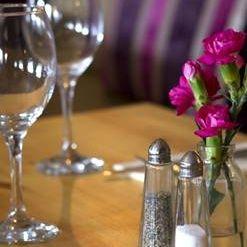 Foto von The Bull Brentwood Restaurant