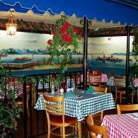 A photo of Mama Louisa's Italian Restaurant restaurant