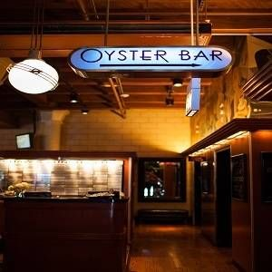 A photo of Shaw's Crab House Oyster Bar - Chicago restaurant
