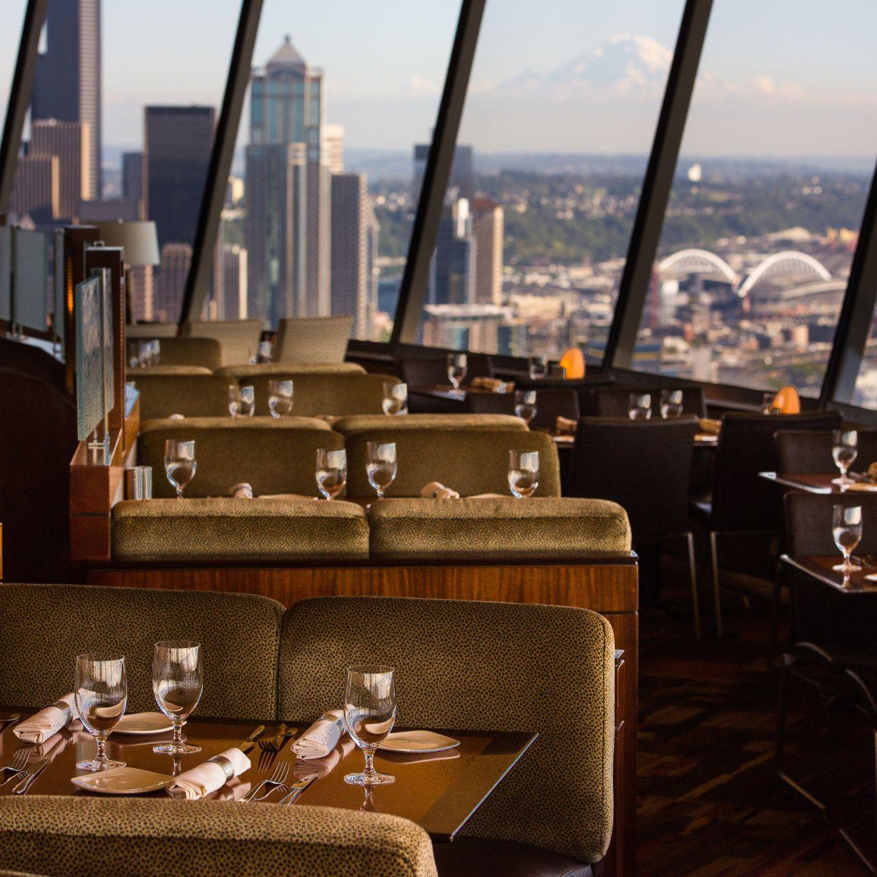 Skycity Restaurant At The E Needle