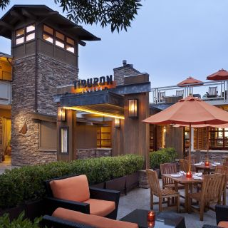 A photo of Tiburon Tavern restaurant
