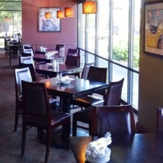A photo of Mama Stortini's - Puyallup restaurant