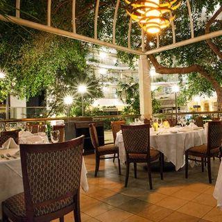 A photo of Ruth's Chris Steak House - Birmingham restaurant