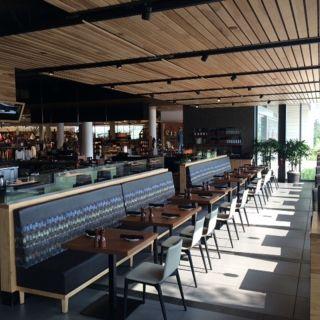 Una foto del restaurante Bazille - Nordstrom The Woodlands