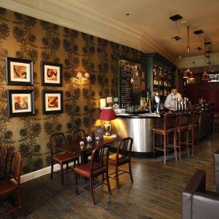 Foto von Henrick's Bar & Bistro Restaurant