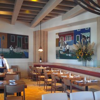 A photo of Il Fornaio - Woodland Hills restaurant