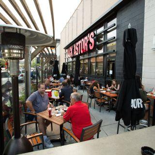 Jack Astor's - Toronto (Shops at Don Mills)の写真