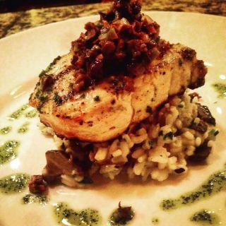 A photo of Trattoria Aroma - Williamsville restaurant