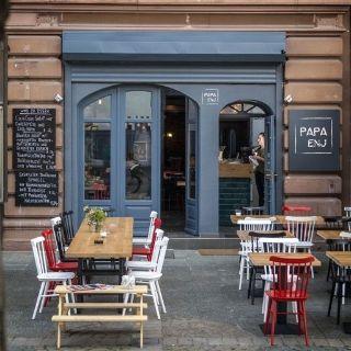 Foto von Papa Enj Restaurant
