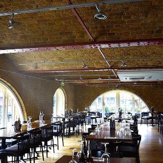 Foto von Zizzi – St Katharine's Dock Restaurant