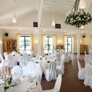 A photo of Kaiserhof restaurant
