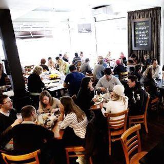 Foto von Cafe Republic Restaurant