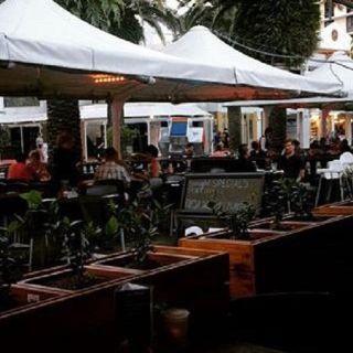 Central Lounge Bar & Diningの写真