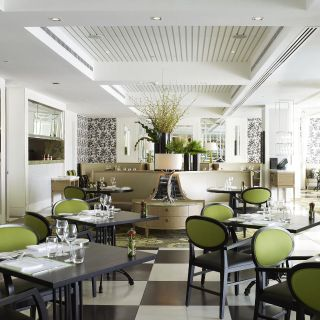 A photo of Bistro Guillaume restaurant