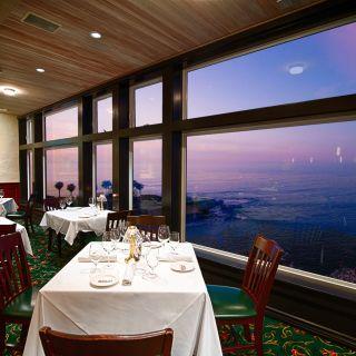 A photo of Donovan's - La Jolla - Permanently Closed restaurant