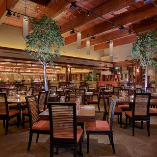 A photo of Seasons 52 - Oak Brook restaurant