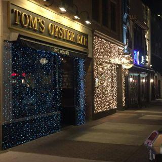 Tom's Oyster Bar Royal Oakの写真