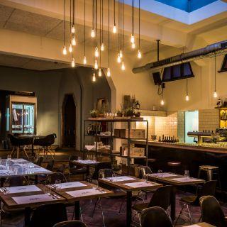 Foto von Dom - Grill Kitchen Bar Restaurant