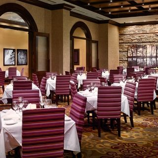 A photo of Ruth's Chris Steak House - Chattanooga restaurant