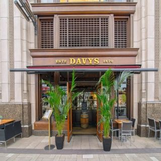 A photo of Davy's at Canary Wharf restaurant