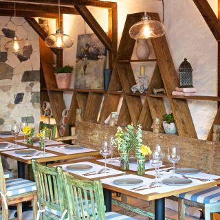 Una foto del restaurante Estiatorio Mythos