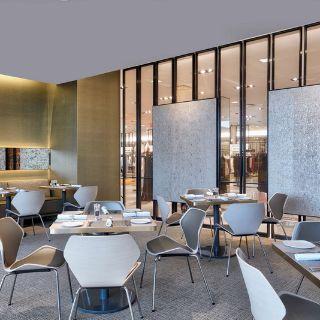 Foto von NM Cafe at Neiman Marcus - Roosevelt Field Restaurant