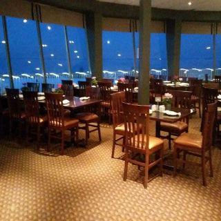 A photo of The Ramada Jordan Beacon Harbourside Restaurant restaurant