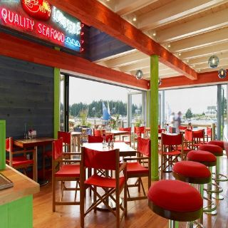 Foto von Oliver's at Cozy Harbor Wharf Restaurant