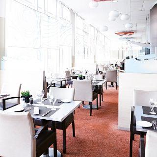A photo of Upper Deck Restaurant restaurant