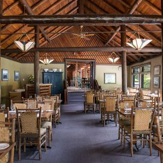Deer Lodge – Mt. Fairview Dining Roomの写真