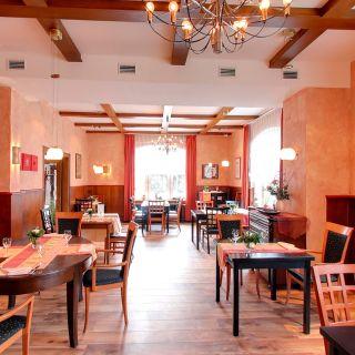 A photo of Zum Fabelhaften Hirschen restaurant