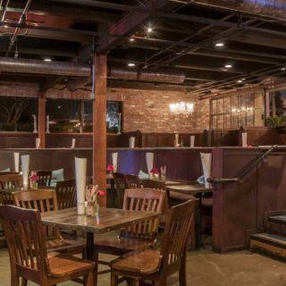 Una foto del restaurante Tavern