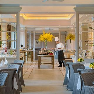A photo of The Verandah - The Peninsula Hong Kong restaurant