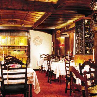 A photo of Chesa - The Peninsula Hong Kong restaurant